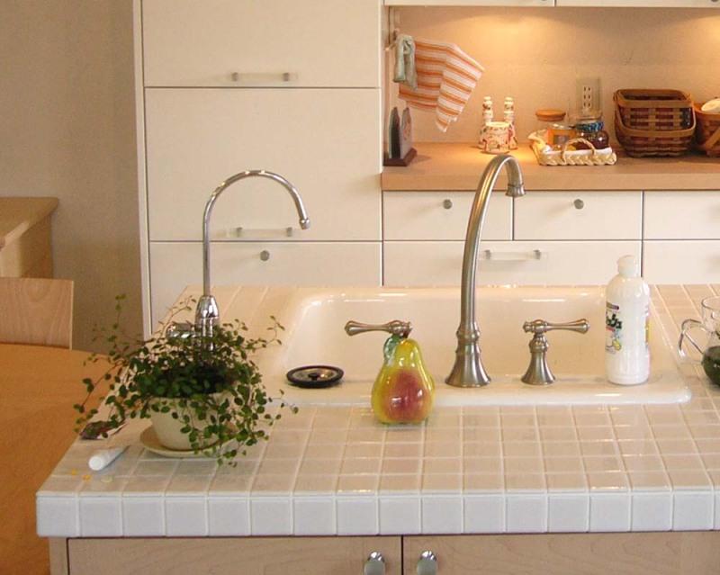 インテリアBOOK :: HOME KITCHENS-タイルキッチン